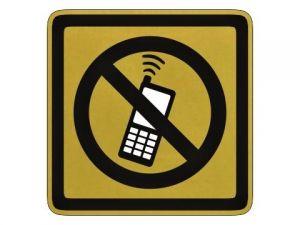 piktogram zákaz telefonování zlatý