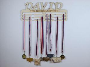věšák na medaile